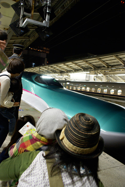 G.W. 2011 東海道新幹線 はやぶさを見に行く!